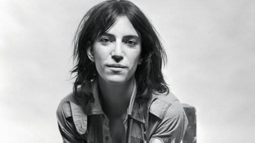 Patti-Smith-1976-bw-portrait-bb15-billboard-1500